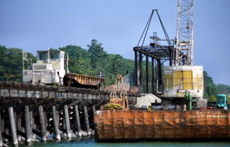Medusa Cement Trackmobile Assists In Dismantling Charlevoix Swing Bridge
